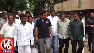 image_1081909_minister-ktr-visits-flood-affected-areas-heavy-rains-lashes-hyderabad-v6-news-telugu-photo-pic